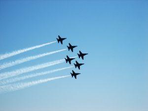 i-8db6d54c393f315b4d3045b688ed54ed-1063583_jet_formation.jpg