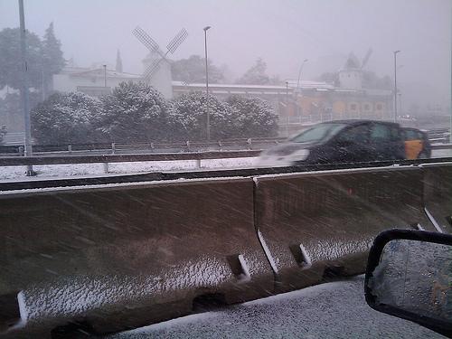i-b508386b1c644861ed35b6f2e082d63a-barcelona_snow.jpg