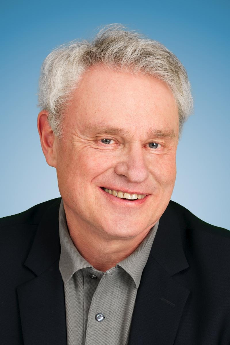 Redaktion von bild der wissenschaft beim Konradin Verlag in Leinfelden-Echterdingen am 11. und 12.3.2012 Wolfgang Hess. Kopfportrait.
